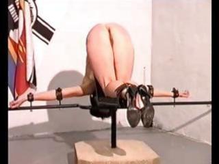 Amateur slave hard caning